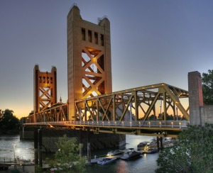 Tower_Bridge_Sacramento